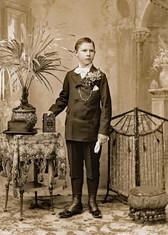 1895c WmC Schott 1895Tint 5x7.jpg