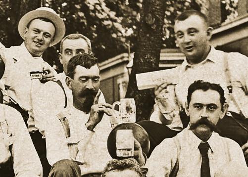 1890s Turners Bowling Riedlin Ballancing
