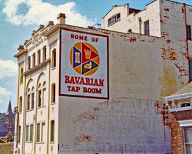 1982 Mill House and Bavarian Tap Room si