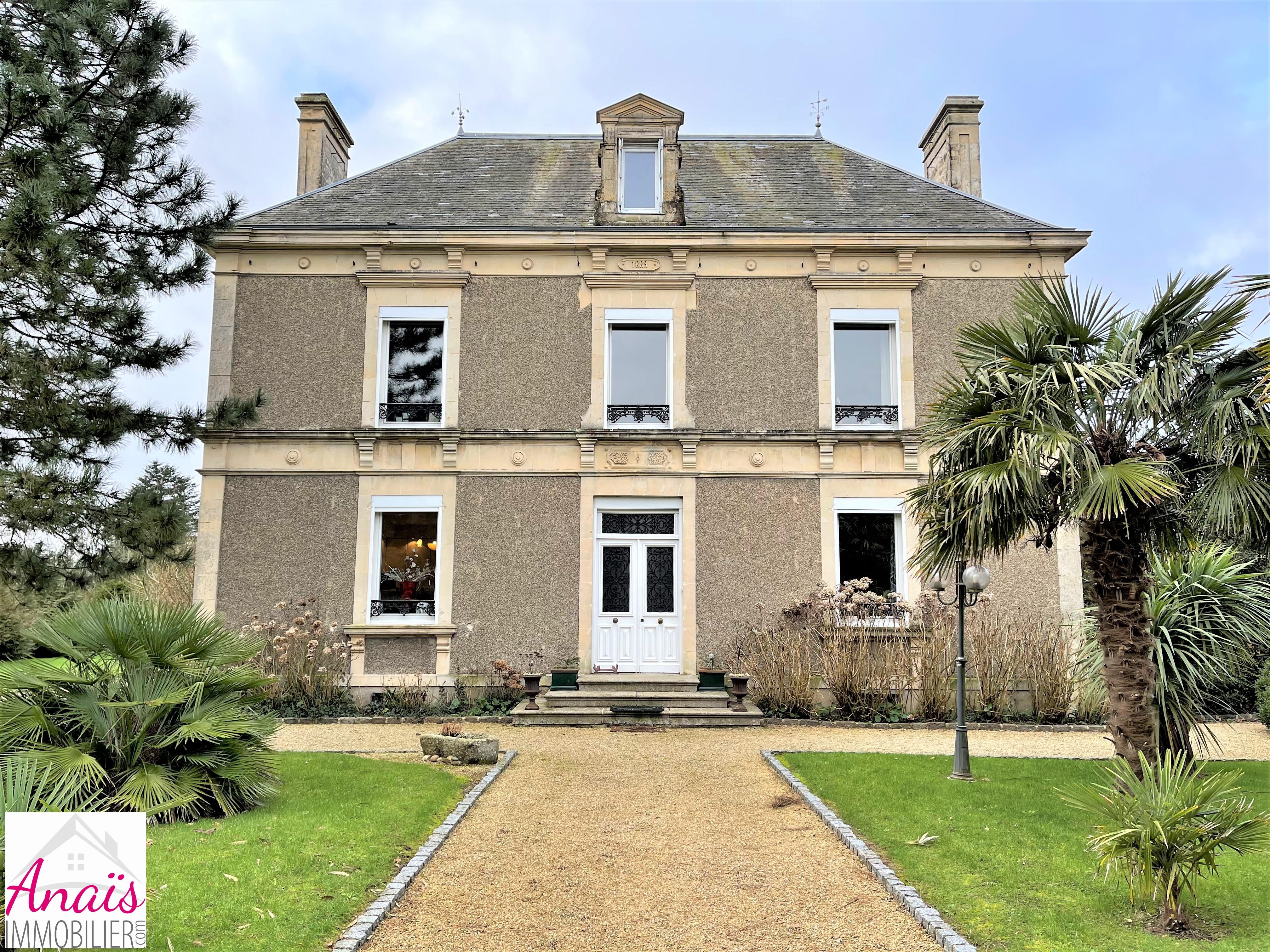 St Pellerin : 366 800 €