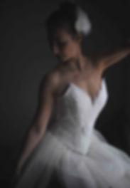 photographie de mod limitée à 30 exemplaires au monde | danseuse de l'Opera | photographie d'art | photograph portrait paris | studio photo à paris