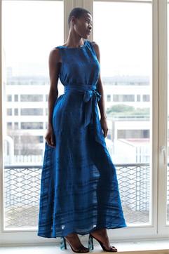 robe bleue.jpg