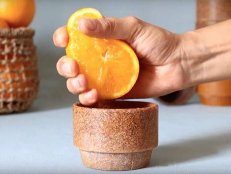 Des tasses en peau d'orange