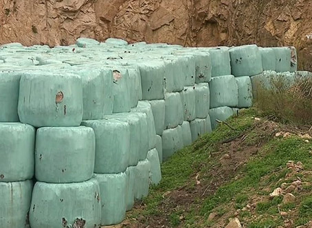 Crise des déchets : partout en Corse, les balles s'entassent dans des décharges à ciel ouvert