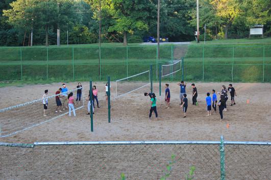 Jugando Volleyball