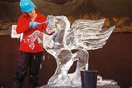 sculpture sur glace.jpg