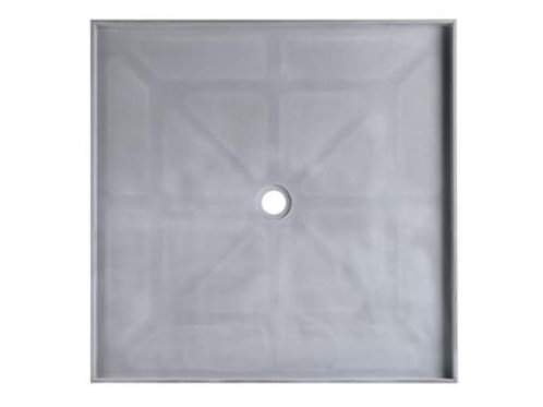 895x895mm Tile Over Tray (Centre Waste)