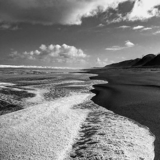 Muriwai Foamy Surf