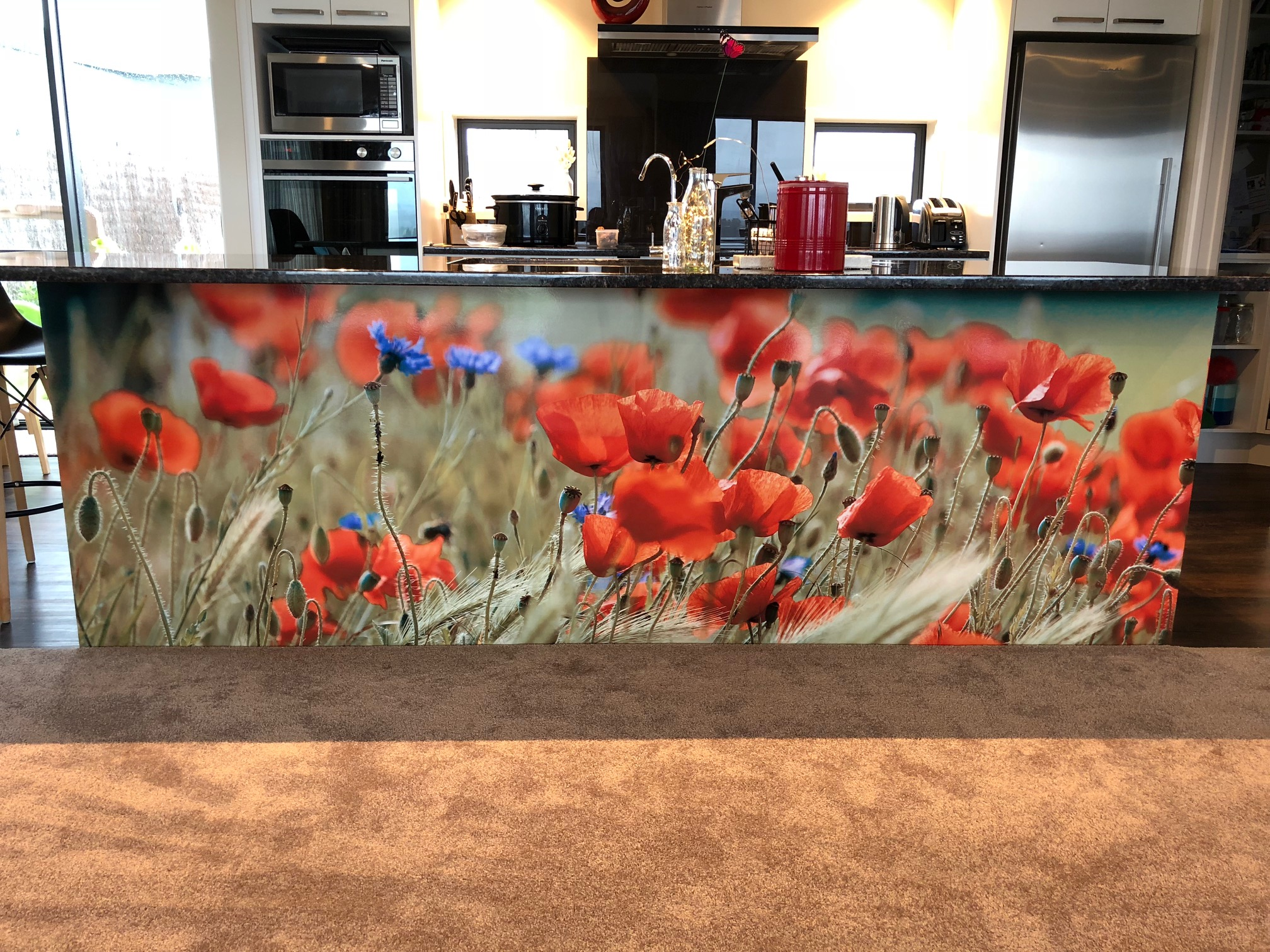 Kitchen barback panel - poppies