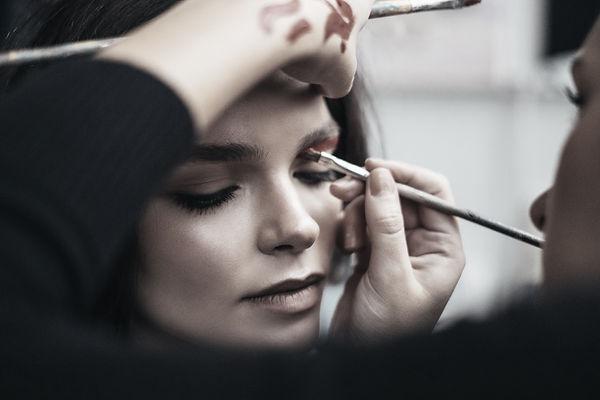 Makeup%20Artist_edited.jpg