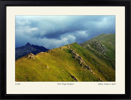 Mor Yeşil Dağlar || Edisyon Baskı Fotoğraf