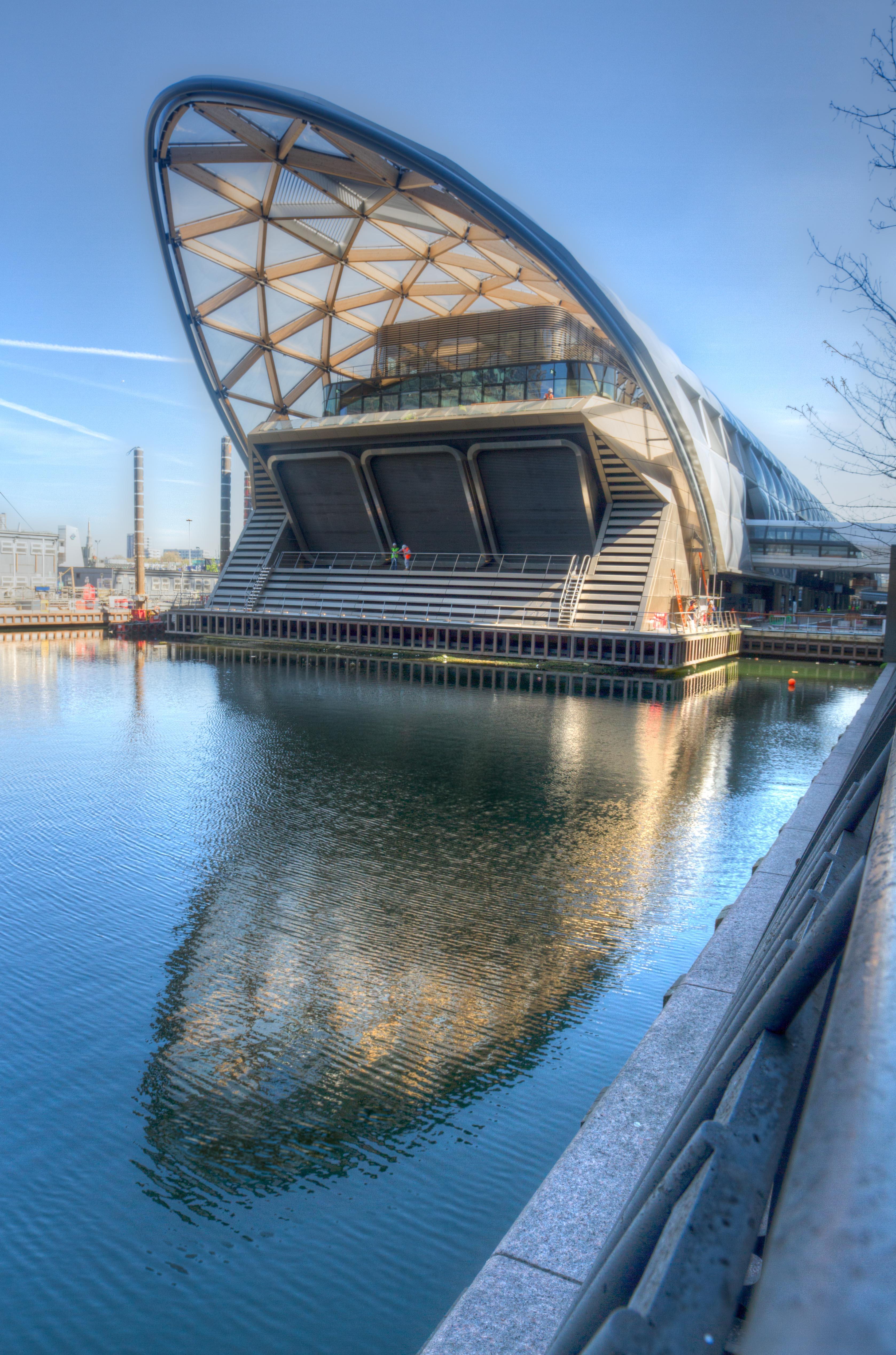 Canary Wharf Crossrail - London