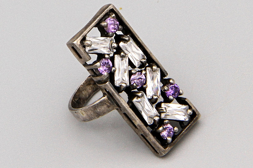 Cocktail Fashion Ring Size 5 Sterling And Sparkling Stones