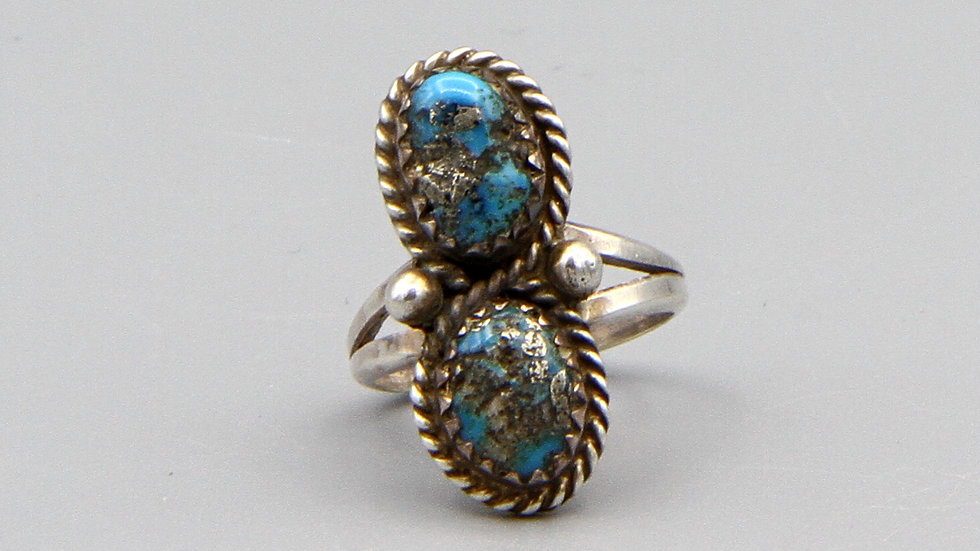 Navajo Turquoise Ring size 3 and half