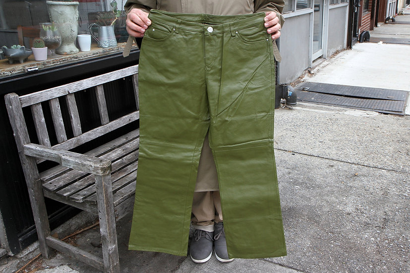 Dark Green Natural Leather Pants For Woman Size 12P In New Condition