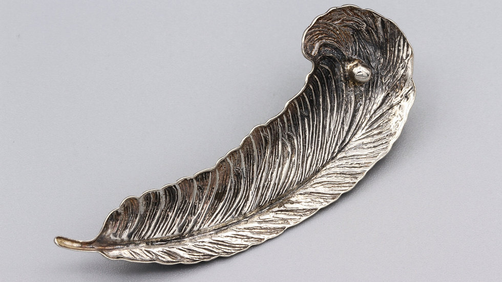 Etched Sterling Silver Feather Plume Brooch Lapel Pin Romantic Jewelry Art