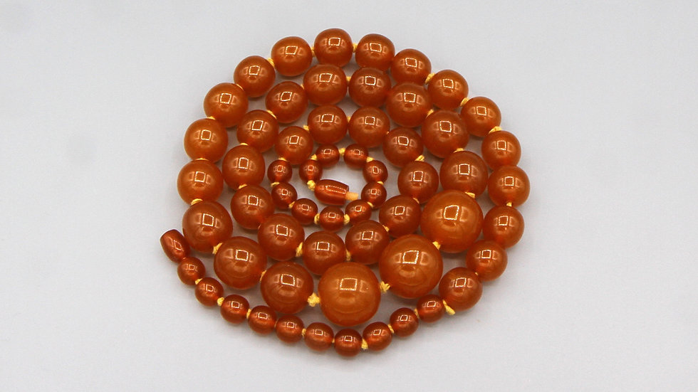 One Strand Bakelite Necklace