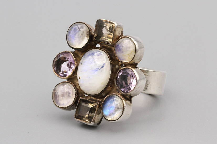 Sparkling Multi Stone Cluster Ring Size 8 Purple Amethyst and Moonstone Jewelry