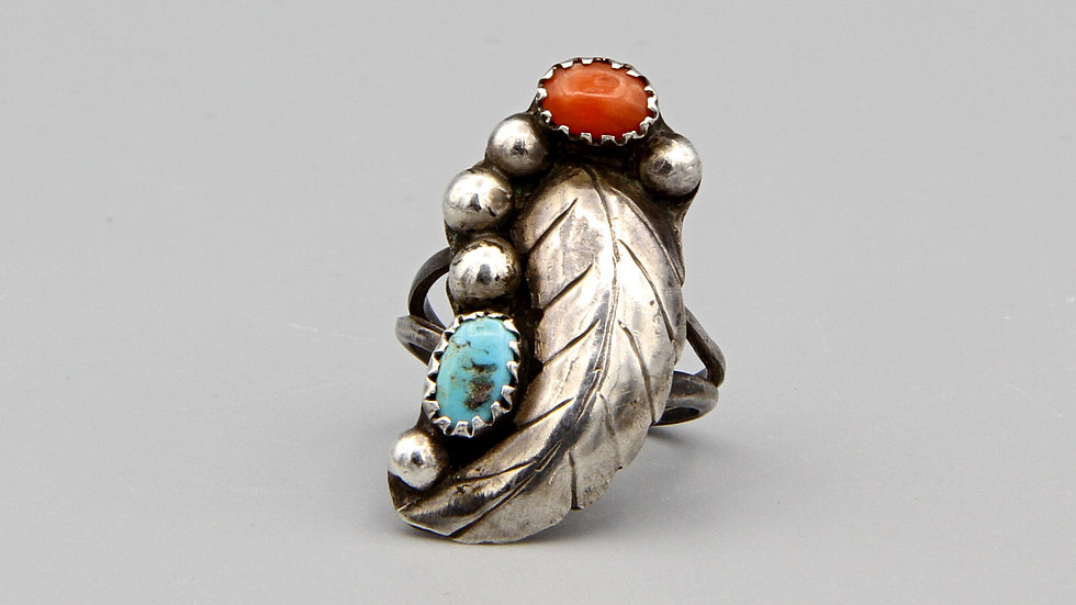 Southwestern Ring Size 6 With Turquoise And Red Coral