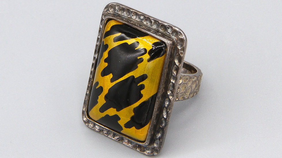 Amy Kahn Russell Jewelry Ring Size 6
