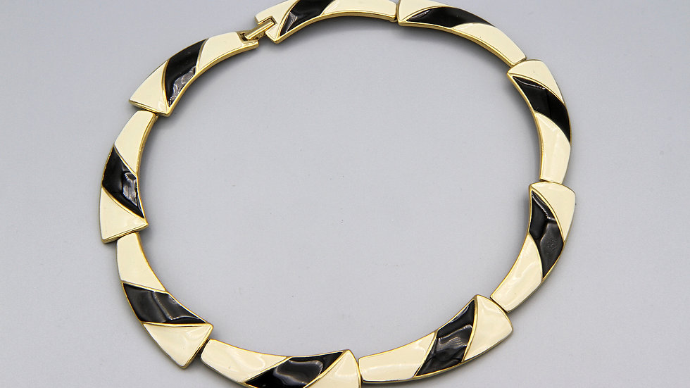 Modernist Trifari Enamel Necklace