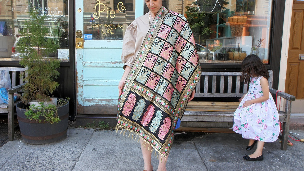 Luxurious Hand Woven Silk Shawl Wrap Oriental Paisley Embroidery