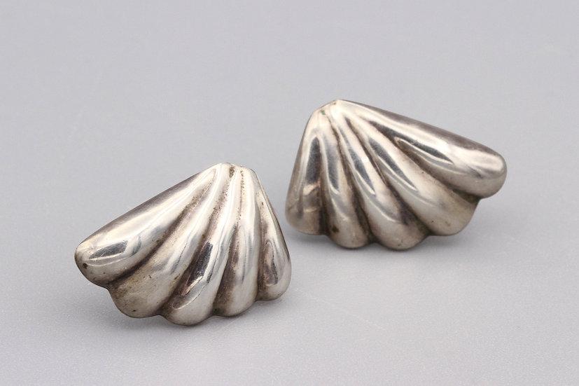 Scalloped Shell Stud Earrings