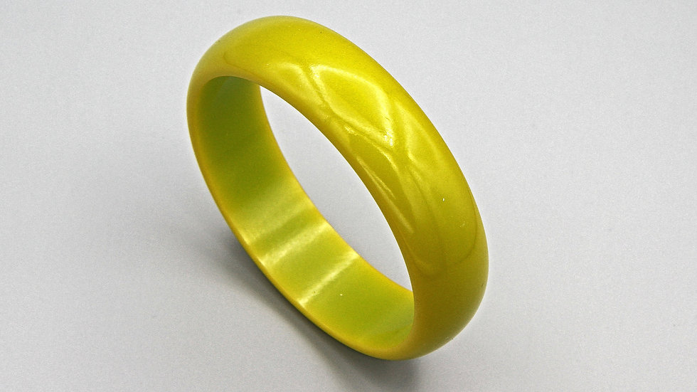 Pea Green Bakelite Bangle