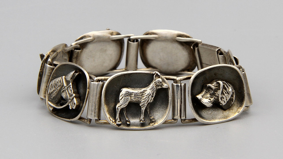 Mid Century Modernist Panel Bracelet Hunting Wild Animals Theme 800 Silver