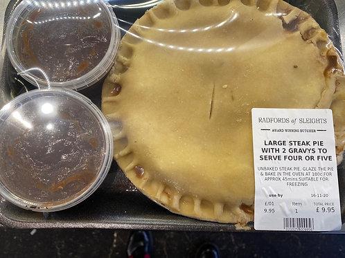 Large Steak Pie with gravy