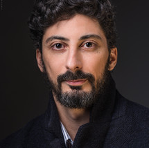 Yacine Benyacoub, metteur en scène et interprète