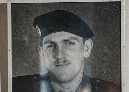 Photo de Robert prise à l'armée.