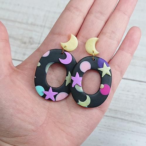 "Boucles d'oreilles ""Kawaii Galaxy"" ovales"