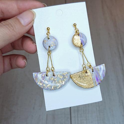 Boucles d'oreilles dépareillées marbré lilas #2