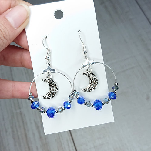 Boucles d'oreilles Lunes perles bleues