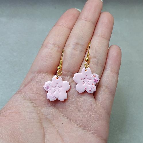 Boucles d'oreilles Sakura délicat (petites fleurs)