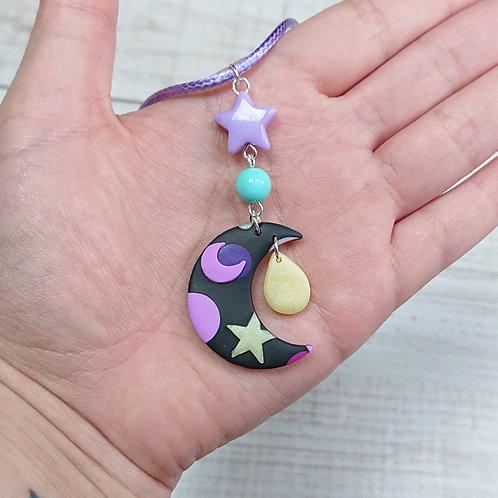 "Collier ""Kawaii Galaxy"" lune"
