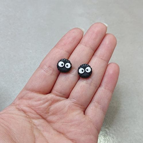 Boucles d'oreilles puces Boules de suie