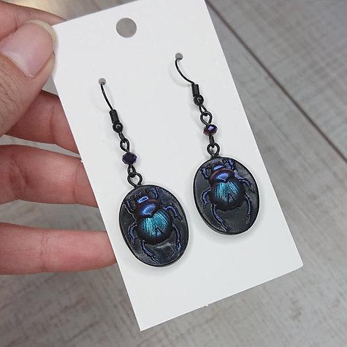 Boucles d'oreilles Scarabées violet / bleu