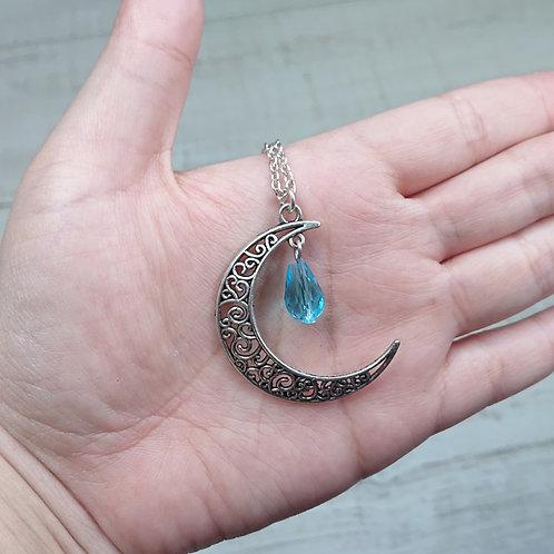 Collier Lune perle bleu clair