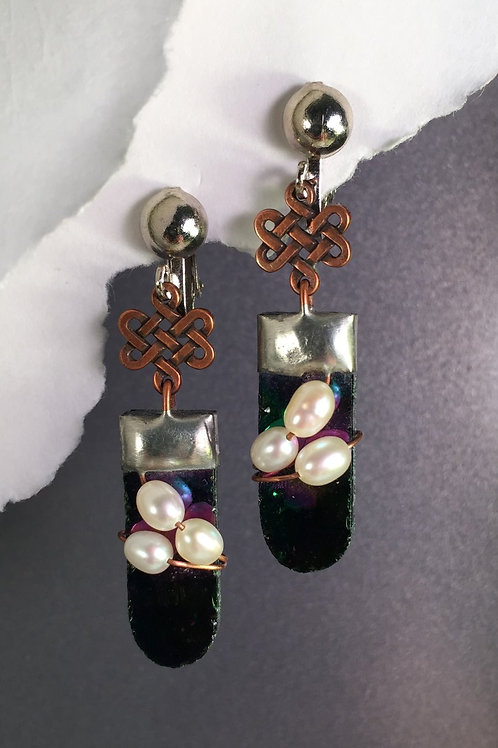Green iridized dangling clip earrings (long)