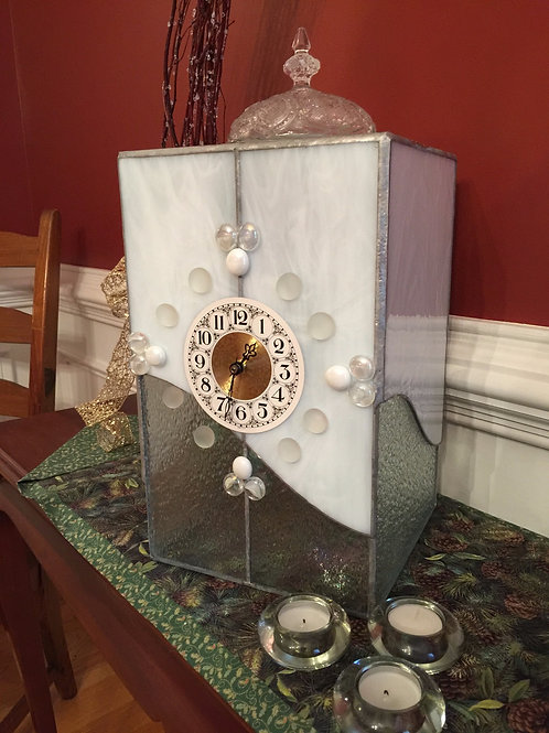 White and clear iridized mantle clock