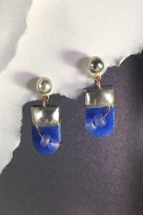 Blue speckled ball post earrings (short)