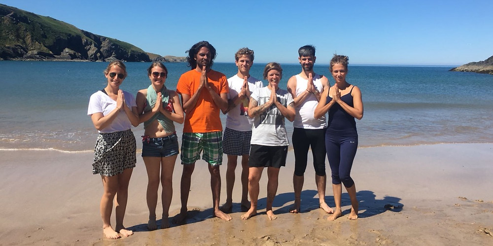 Yoga Sutras with Yogachariya Jnandev and 200hrs YTT intensive group