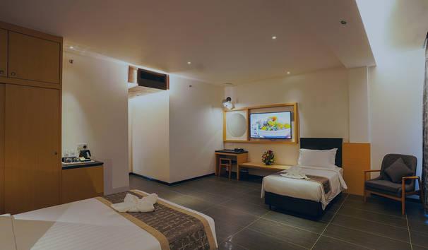room-sm-06.jpg