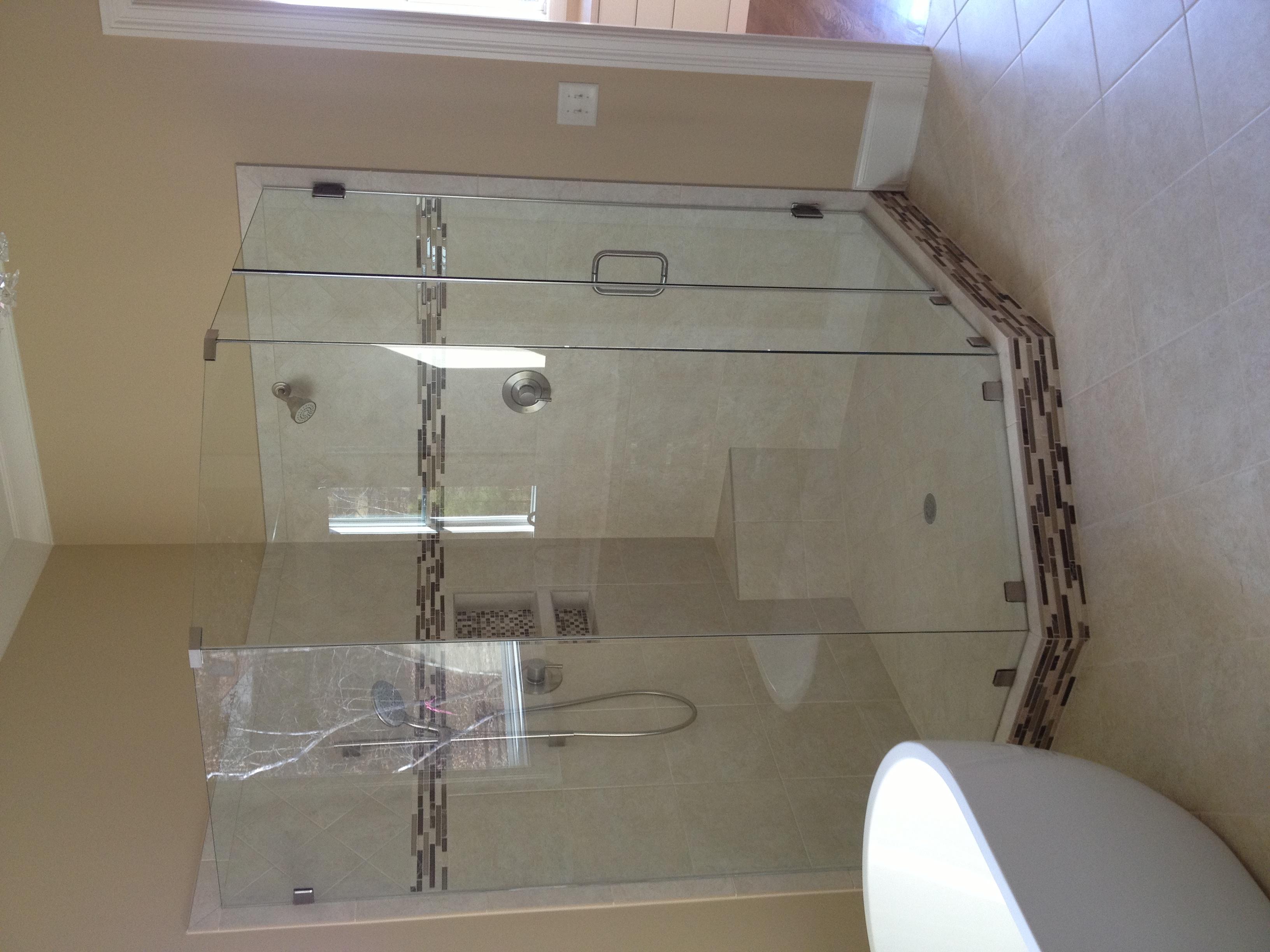 Large Frameless Neo Shower
