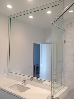 Full Heigh & Width Mirror with 2in Flat Overlay