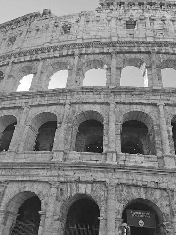 Linda M Colosseum
