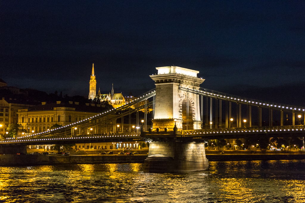 ArtN.-ChainBridge Budapest