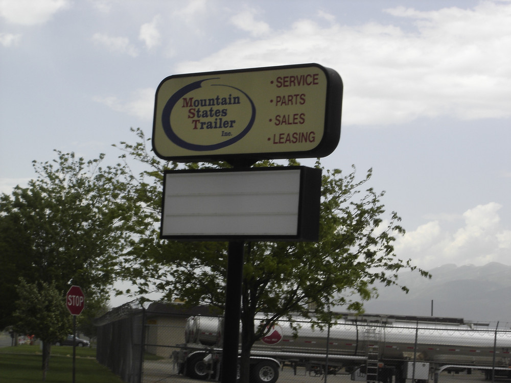 Photo of the sign before rework